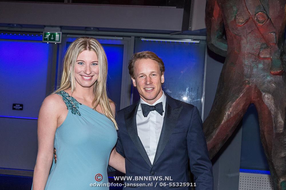 NLD/Amsterdam/20181219 - NOC*NSF Sportgala 2018, Epke Zonderland en partner Linda Steen