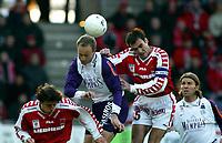 Fotball<br /> T-Mobile Bundesliga - Østerrike<br /> GAK v Austra Wien<br /> 29. februar 2004<br /> Foto: Digitalsport<br /> Norway Only<br /> Sigurd Rushfeldt, Austria Wien, og Rene Aufhaser, GAK