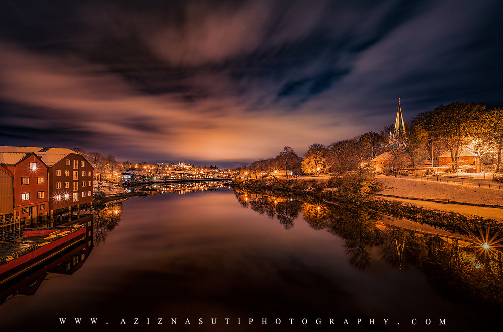 www.aziznasutiphotography.com                                   This is a picture from first snow in Trondheim taken from Bakke Bru (Bakke bridge) towrads the Gamle Bybro.