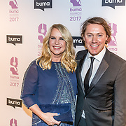 NLD/Hilversum//20170306 - uitreiking Buma Awards 2017, Linda de Mol en partner Jeroen Rietbergen