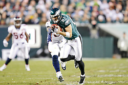 Philadelphia Eagles tight end Brent Celek #87 catches a pass during the NFL game between the Denver Broncos and the Philadelphia Eagles on December 27th 2009. The Eagles won 30-27 at Lincoln Financial Field in Philadelphia, Pennsylvania. (Photo By Brian Garfinkel)