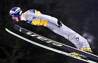 Hopp: 29.12.2001 Oberstdorf, Deutschland,<br />Der Pole Adam Malysz am Samstag (29.12.2001) bei der Qualifikation zum 1.Springen der Vierschanzentournee in Oberstdorf. <br /><br />Foto: JAN PITMAN/Digitalsport