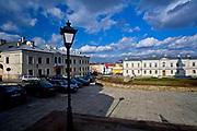 Plac przed Bazyliką katedralną Wniebowzięcia Najświętszej Maryi Panny w Kielcach<br /> Square next to Basilica of st, Mary`s, Kielce