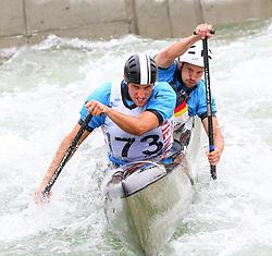 27.06.2015, Verbund Wasserarena, Wien, AUT, ICF, Kanu Wildwasser Weltmeisterschaft 2015, C2 men, im Bild v.l. Tobias Trzoska, Maik Schmitz (GER) // during the final run in the men's C2 class of the ICF Wildwater Canoeing Sprint World Championships at the Verbund Wasserarena in Wien, Austria on 2015/06/27. EXPA Pictures © 2014, PhotoCredit: EXPA/ Sebastian Pucher