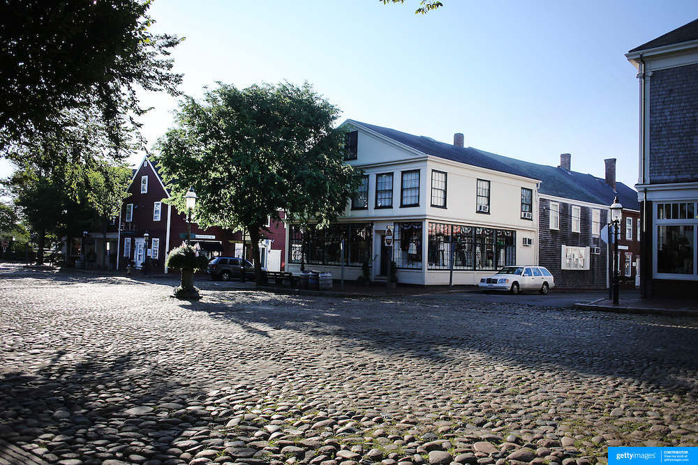 The cobbled streets in Nantucket Town Centre, Nantucket Island, Massachusetts, USA. Photo Tim Clayton