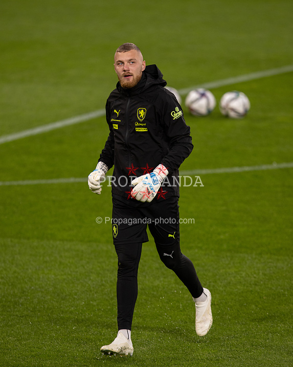 PRAGUE, CZECH REPUBLIC - Thursday, October 7, 2021: Czech Republic's goalkeeper Jindřich Staněk during a training session ahead of the FIFA World Cup Qatar 2022 Qualifying Group E match between Czech Republic and Wales at the Sinobo Stadium. (Pic by David Rawcliffe/Propaganda)