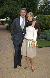 ARNAUD and CARLA BAMBERGER at the annual Cartier Flower Show Diner held at The Physics Garden, Chelsea, London on 23rd May 2005.<br /><br />NON EXCLUSIVE - WORLD RIGHTS