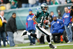 Philadelphia Eagles wide receiver DeSean Jackson #10 carries the ball during the NFL game between the New York Giants and the Philadelphia Eagles on November 1st 2009. The Eagles won 40 to 17 at Lincoln Financial Field in Philadelphia, Pennsylvania. (Photo By Brian Garfinkel)
