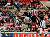 Photo: Jed Wee.<br />Sunderland v West Bromwich Albion. The Barclays Premiership. 17/09/2005.<br /><br />Gary Breen rises to give Sunderland an early lead.