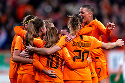 09-11-2018 NED: UEFA WC play-off final Netherlands - Switzerland, Utrecht<br /> European qualifying for the 2019 FIFA Women's World Cup - Lieke Martens #11 of Netherlands, Danielle van de Donk #10 of Netherlands, Shanice van de Sanden #22 of Netherlands