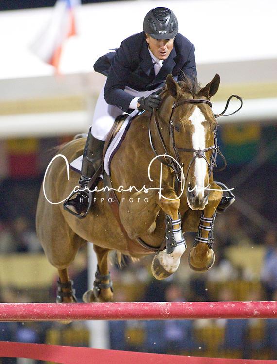 Ward Mclain (USA) - Sapphire<br /> Winter Equestrian Festival - Week IX <br /> Rolex World Cup Qualifier <br /> Wellington 2010<br /> © Hippo Foto - Cealy Tetly
