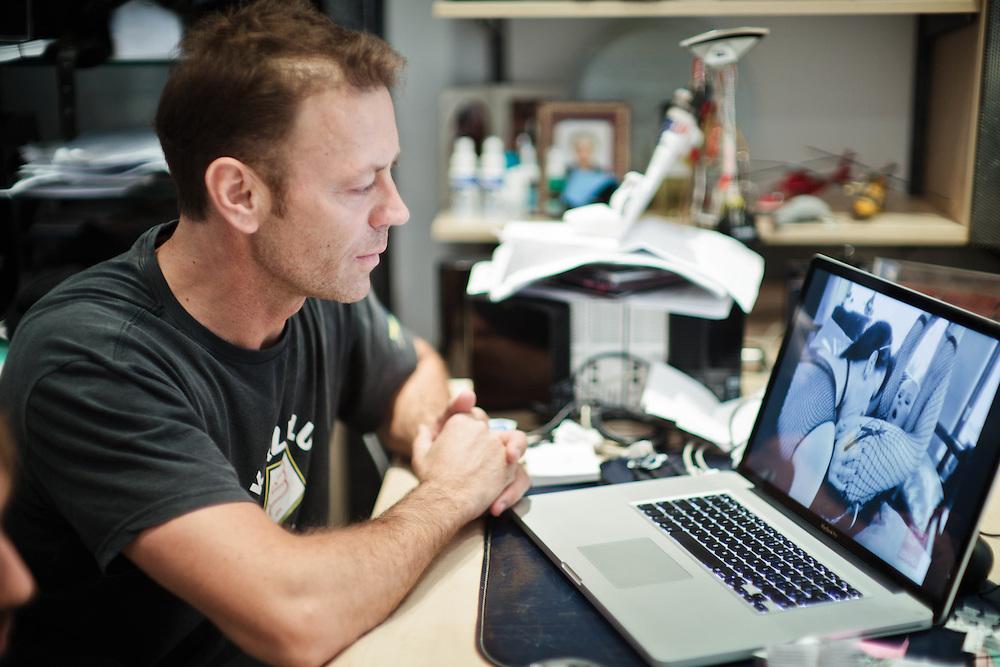15 NOV 2011 - Budapest (Ungheria) - Rocco Siffredi, attore e produttore porno, a casa