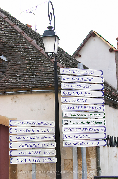 Road sign with many domaine names. The village. Pommard, Cote de Beaune, d'Or, Burgundy, France