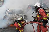 Firemen Sapeurs Pompiers Manifestation Paris France