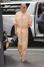 Jennifer Lopez seen arriving at the Ripley-Grier Studios - 31 July 2018