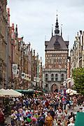 Gdańsk; 2008-06-22. Ulica Długa, w oddali Złota Brama, Gdańsk