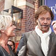 NLD/Amsterdam/20151011 - Inloop premiere De Tweeling, Gijs Staverman en ........