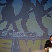 NLD/Den Haag/20060419 - Presentatie cast musical The Wiz, Erwin van Lambaart, logo