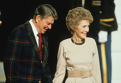 Prince Charles, Prince of Wales, and Diana, Princess of Wales, visit Washington DC. Ronald Reagan, President of the USA, and the First Lady Nancy Reagan, Outside the White House. EXPA Pictures © 2016, PhotoCredit: EXPA/ Photoshot/ John Shelley Collection<br /> <br /> *****ATTENTION - for AUT, SLO, CRO, SRB, BIH, MAZ, SUI only*****