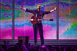 George Ezra on stage at the Brit Awards 2019 at the O2 Arena, London. Photo credit should read: Matt Crossick/EMPICS Entertainment. EDITORIAL USE ONLY