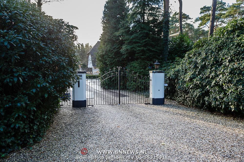 NLD/Blaricum/20160116 - Nieuwe woning van Joop van der Ende in Blaricum,