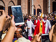 30 NOVEMBER 2017 - YANGON, MYANMAR: POPE FRANCIS waves goodbye upon leaving the cathedral after the Papal Mass at St. Mary's Cathedral in Yangon. Thursday's mass was his last public appearance in Myanmar. From Myanmar the Pope went on to neighboring Bangladesh.    PHOTO BY JACK KURTZ