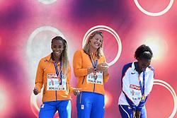 12-08-2018 ATLETIEK: EUROPESE KAMPIOENSCHAPPEN: BERLIJN<br />Medaille ceremonie voor de 200 meter met Dafne Schippers en Jamile Samuel.<br /><br />Foto: SCS/Erik van Leeuwen