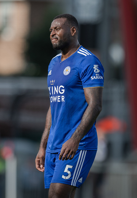 Leicester City's Wes Morgan is sent off after getting a red card <br /> <br /> Photographer David Horton/CameraSport<br /> <br /> The Premier League - Bournemouth v Leicester City - Saturday 15th September 2018 - Vitality Stadium - Bournemouth<br /> <br /> World Copyright © 2018 CameraSport. All rights reserved. 43 Linden Ave. Countesthorpe. Leicester. England. LE8 5PG - Tel: +44 (0) 116 277 4147 - admin@camerasport.com - www.camerasport.com