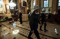 07.04.2012 Kobylin Borzymy woj podlaskie N/z warta strazakow OSP przy Grobie Panskim w Wielka Sobote fot Michal Kosc / AGENCJA WSCHOD