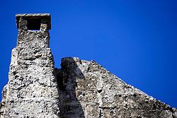 La Massareia Salinelle ubicata nell'omonima contrada, è considera una delle più grandi della campagna oritana, ormai abbandonata da tempo.