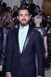 Justin Theroux walking the red carpet at The Metropolitan Museum of Art Costume Institute Benefit celebrating the opening of Heavenly Bodies : Fashion and the Catholic Imagination held at The Metropolitan Museum of Art  in New York, NY, on May 7, 2018. (Photo by Anthony Behar/Sipa USA)