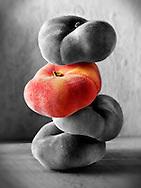 Piile of donut Peaches