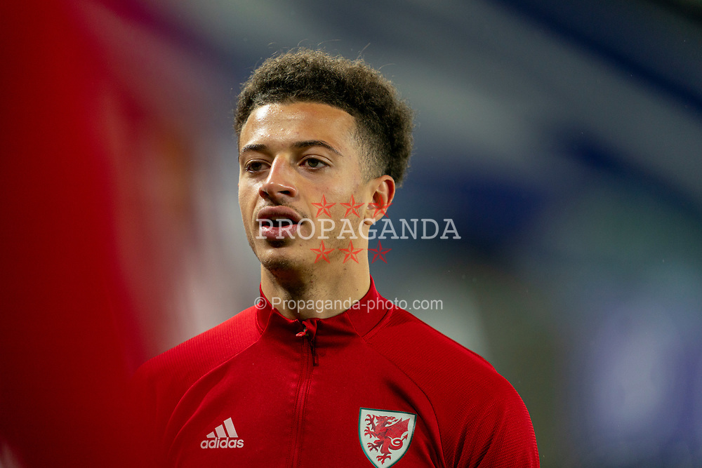 SWANSEA, WALES - Thursday, November 12, 2020: Wales' Ethan Ampadu during the pre-match warm-up before an International Friendly match between Wales and the USA at the Liberty Stadium. (Pic by David Rawcliffe/Propaganda)