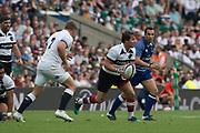 Twickenham, England, 27th May 2018. Quilter Cup, Rugby, England vs BarbarianBaa Baa's, Rhodri WILLIAMS [C],  Jack SINGLETON [R]  Moves away from the scrum, withe  ball    RFU.Stadium, Twickenham. UK.  <br /> <br /> © Peter Spurrier/Alamy Live News