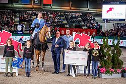 AHLMANN Christian (GER), Mandato van de Neerheide, WULFF Volker (Veranstalter), FUNDIS Stefan (Fundis Reitsport)<br /> Leipzig - Partner Pferd 2020<br /> Siegerehrung<br /> FUNDIS Youngster Tour<br /> Finale für 7+ 8jährige Pferde<br /> Zwei-Phasen Springprfg., int.<br /> Höhe: 1.40 m<br /> 19. Januar 2020<br /> © www.sportfotos-lafrentz.de/Stefan Lafrentz