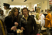 SARAH LEON AND CAMILLA RUTHERFORD, Uniqlo - Japanese store launch party, 311 Oxford Street, London, W1. 6 November 2007. -DO NOT ARCHIVE-© Copyright Photograph by Dafydd Jones. 248 Clapham Rd. London SW9 0PZ. Tel 0207 820 0771. www.dafjones.com.