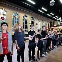 Nederland, Amsterdam , 2 november 2010..Scholieren van de Gerrit van der Veen school repeteren voor de musical Hamlet..Foto:Jean-Pierre Jans