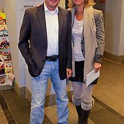 NLD/Haarlem/20111013 - Premiere het Gouden Ei, Mary Lou Steenis en partner Bram Maarsseveen