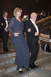 Fraser Stoddart, Elisabeth Bootsma <br /> <br />  <br /> <br />  beim Nobelbankett 2016 im Rathaus in Stockholm / 101216 <br /> <br /> <br /> <br /> ***The Nobel banquet, Stockholm City Hall, December 10th, 2016***