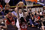 DESCRIZIONE : Campionato 2013/14 Finale Gara 7 Olimpia EA7 Emporio Armani Milano - Montepaschi Mens Sana Siena Scudetto<br /> GIOCATORE : Jeff Viggiano<br /> CATEGORIA : Schiacciata<br /> SQUADRA : Montepaschi Siena<br /> EVENTO : LegaBasket Serie A Beko Playoff 2013/2014<br /> GARA : Olimpia EA7 Emporio Armani Milano - Montepaschi Mens Sana Siena<br /> DATA : 27/06/2014<br /> SPORT : Pallacanestro <br /> AUTORE : Agenzia Ciamillo-Castoria /GiulioCiamillo<br /> Galleria : LegaBasket Serie A Beko Playoff 2013/2014<br /> FOTONOTIZIA : Campionato 2013/14 Finale GARA 7 Olimpia EA7 Emporio Armani Milano - Montepaschi Mens Sana Siena<br /> Predefinita :