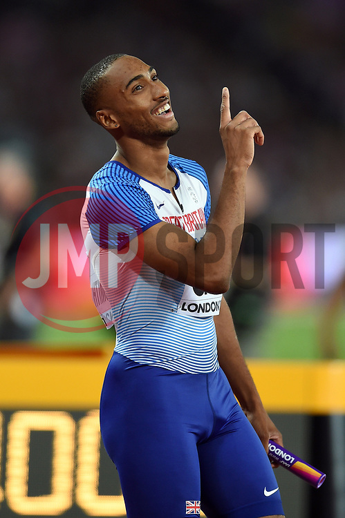 Matthew Hudson-Smith of Great Britain plays up to the camera - Mandatory byline: Patrick Khachfe/JMP - 07966 386802 - 13/08/2017 - ATHLETICS - London Stadium - London, England - Men's 4x400m Metres Relay Final - IAAF World Championships