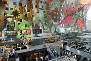 Koningin Maxima opent Markthal Rotterdam, de eerste overdekte versmarkthal in Nederland geïnspireerd op versmarkten elders in Europa.<br /> <br /> Queen Maxima opens in Rotterdam The Market Hall, the first covered market hall  in the Netherland inspired on other markets elsewhere in Europe.<br /> <br /> op de foto / On the photo:  Markthal Rotterdam / Market Hall Rotterdam