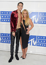 G-Eazy and Britney Spears arriving at the MTV Video Music Awards at Madison Square Garden in New York City, NY, USA, on August 28, 2016. Photo by ABACAPRESS.COM  | 560634_023 New York City Etats-Unis United States