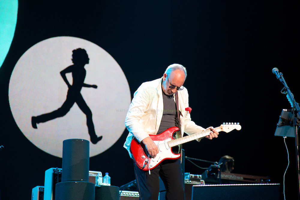 ABU DHABI // Just 2 hours after Lewis Hamilton was crowned new Formula One champion at the Yas Marina Circuit in Abu Dhabi, F1 visitors had the unique chance to see a bit of music history: British rock legends The Who finished off the Abu Dhabi F1 weekend with an energetic performance - playing 2 hours of pure rock and roll in a show marking also the start of their 50th anniversary World Tour. A tour which many believe could be the band's last major one.