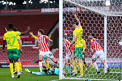 Stoke City find the back of the net but Referee Geoff Eltringham disallows the goal due to an infringement in the penalty area - Mandatory by-line: Nick Browning/JMP - 24/11/2020 - FOOTBALL - Bet365 Stadium - Stoke-on-Trent, England - Stoke City v Norwich City - Sky Bet Championship