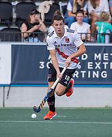 AMSTELVEEN -  Gilles Wegter (Amsterdam)  tijdens de hockey hoofdklasse competitiewedstrijd  heren, Amsterdam-HC Tilburg (3-0).  COPYRIGHT KOEN SUYK