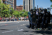 """The marchers held a rally from the Plaza de Colon to the industry ministry. Was scheduled to be held in a peaceful part of the organization. But acts of """"black march"""" ended violently. A group of demonstrators confronted the police.<br /> The skirmishes lasted for 2 hours.The results were 76 wounded and 8 arrested."""