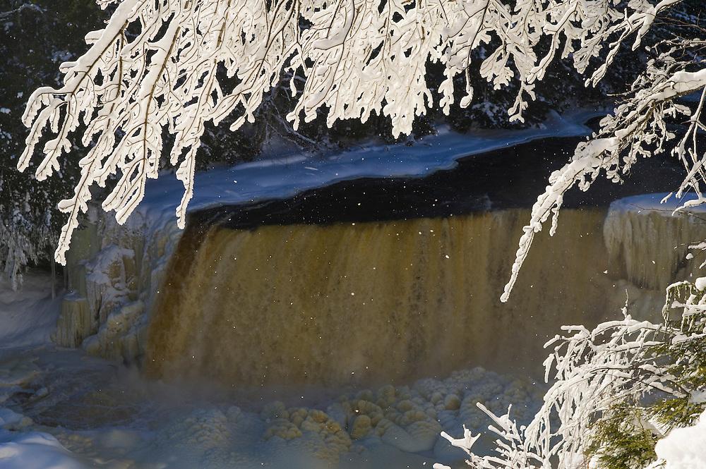 Upper Tahquamenon Falls in winter near Newberry, Michigan.