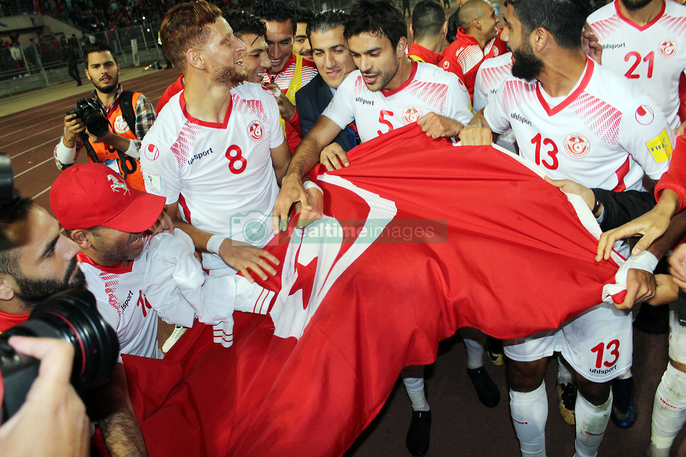 November 11, 2017 - Rades, Tunisia - Tunisian players celebrate qualifying at the Russian World .....Qualifying match for the 2018 FIFA Russia World Cup at Rades Stadium between Tunisia and Libya..Tunisia qualifies for the Russian world after a draw 0/0. (Credit Image: © Chokri Mahjoub via ZUMA Wire)