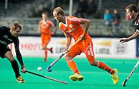 ROTTERDAM - HOCKEY - Billy Bakker  tijdens de wedstrijd tussen de mannen bvan Nederland en Nieuw Zeeland (3-3)  bij de Rabobank Hockey World League in Rotterdam. ANP KOEN SUYK